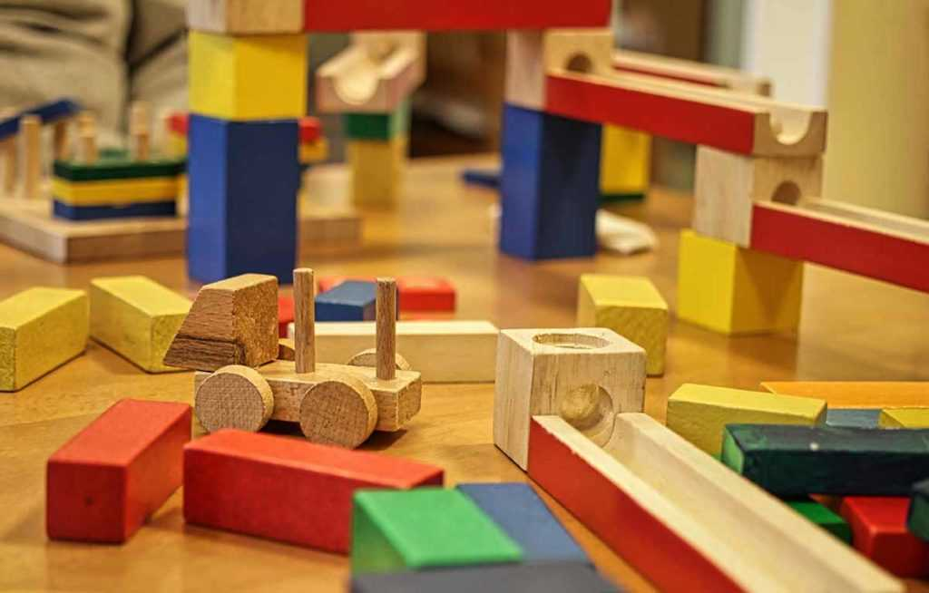 Holzspielzeug Spielzeug Bauklötze