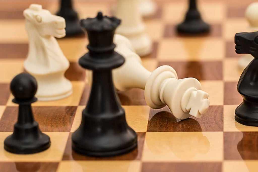 Spielzeug Brettspiele Schach